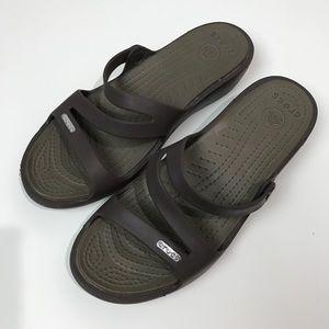 Crocs brown sandals women's 8